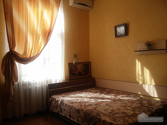 100 meters from Derybasivska, Studio (84906), 001