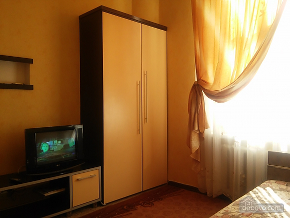 100 meters from Derybasivska, Studio (84906), 003