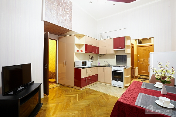 Квартира возле Оперного театра, 1-комнатная (40269), 003