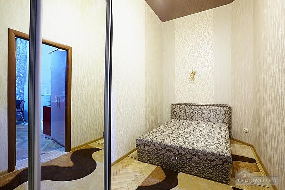 Квартира возле Оперного театра, 1-комнатная (40269), 006
