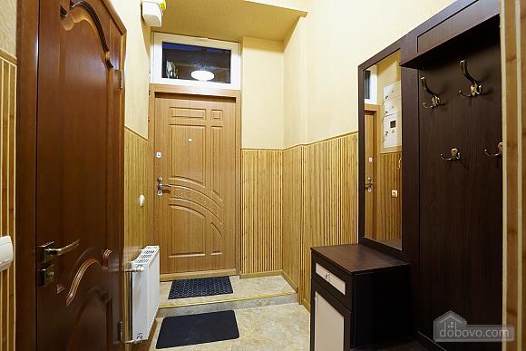Квартира возле Оперного театра, 1-комнатная (40269), 010