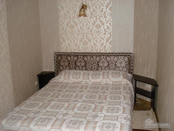 Квартира возле Оперного театра, 1-комнатная (40269), 001