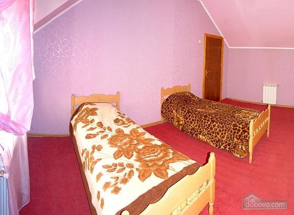 Зручна квартира з банею на дровах, 2-кімнатна (63049), 005