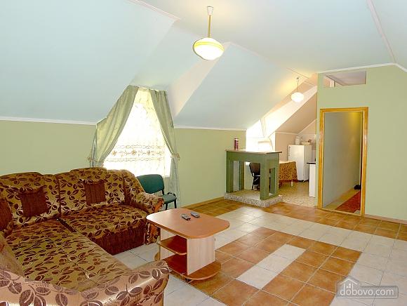 Зручна квартира з банею на дровах, 2-кімнатна (63049), 001