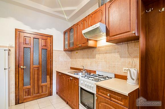 Хорошая квартира в центре, 1-комнатная (41851), 005