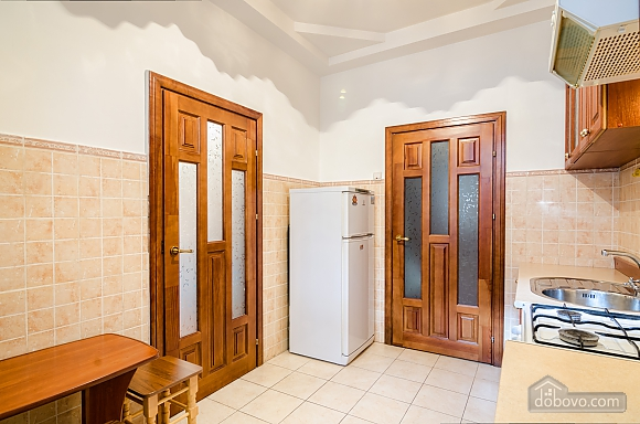 Хорошая квартира в центре, 1-комнатная (41851), 006
