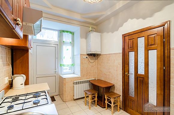 Хорошая квартира в центре, 1-комнатная (41851), 008