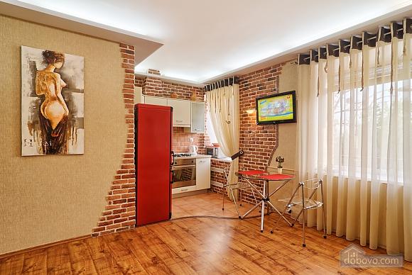 Near Druzhby Narodiv metro station, Studio (42312), 001