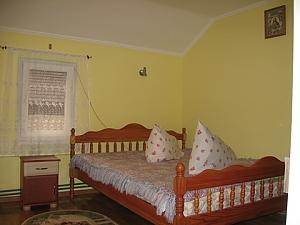 Near Koziavkin clinics, One Bedroom, 004