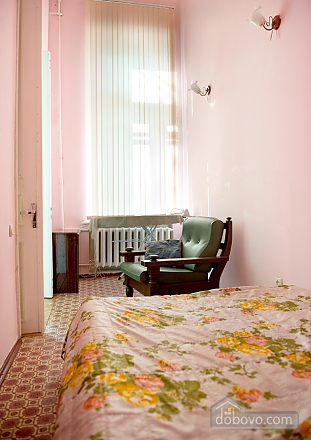On a crossroad, One Bedroom (21708), 004