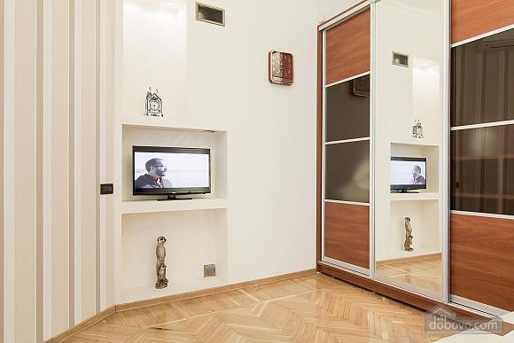 Кватира VIP-рівня в історичному центрі, 3-кімнатна (89388), 011