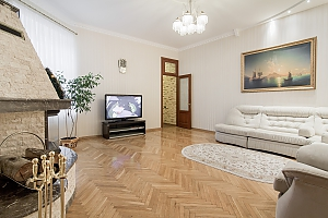 VIP apartment in historical center, Two Bedroom, 001
