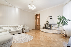 VIP apartment in historical center, Two Bedroom, 002