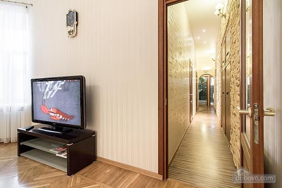 Кватира VIP-рівня в історичному центрі, 3-кімнатна (89388), 007