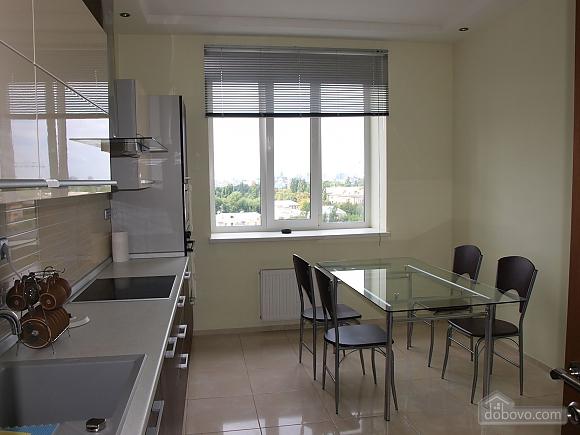 Шикарна велика квартира, 2-кімнатна (67729), 005