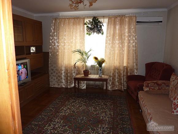 Пляж Лузановка, 2х-комнатная (23290), 002