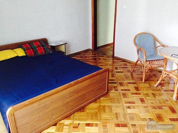 Near Bessarabina Square, Un chambre (24806), 009