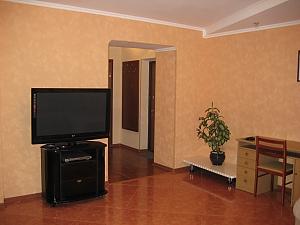 77 Днепропетровская, 2х-комнатная, 004