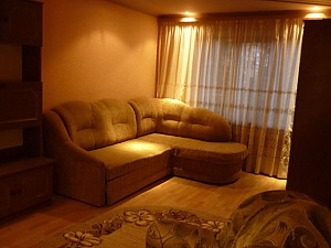 Nice apartment in Chernivtsi, Una Camera, 001