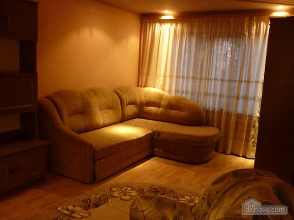 Nice apartment in Chernivtsi, One Bedroom (47850), 001