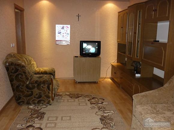 Nice apartment in Chernivtsi, One Bedroom (47850), 002