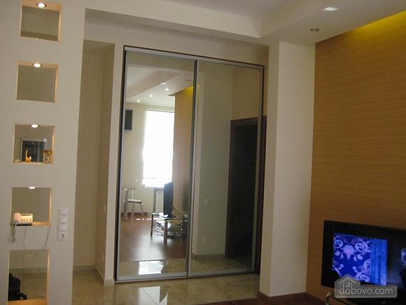 Квартира VIP класса в центре города, 1-комнатная (25597), 007