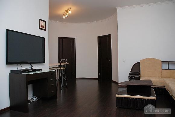 Prestigious apartment, Two Bedroom (70893), 006