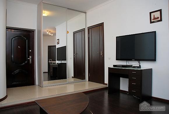 Prestigious apartment, Two Bedroom (70893), 007