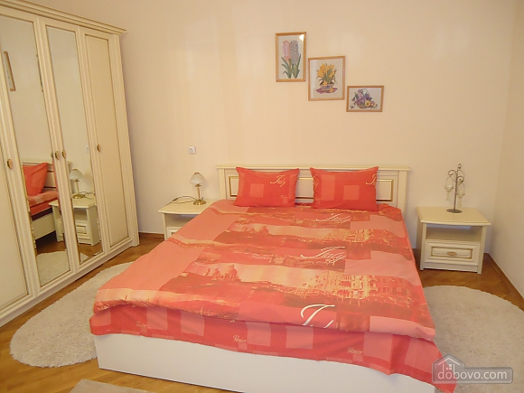 Near Dyuk Monument, One Bedroom (26322), 002
