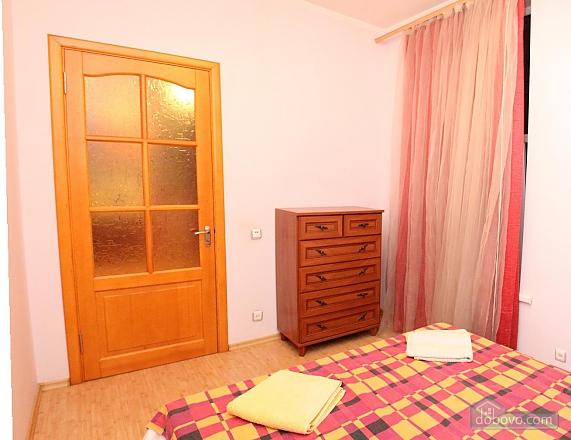Квартира возле моря и Парка Шевченко, 2х-комнатная (71486), 002