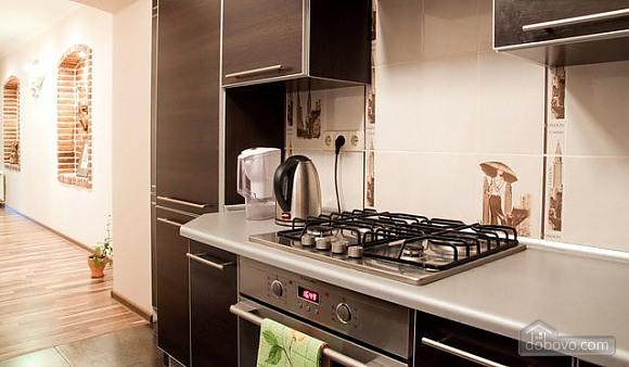 Apartment with designer's renovation, One Bedroom (26652), 014
