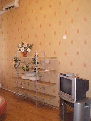 Uspenska, Studio, 008