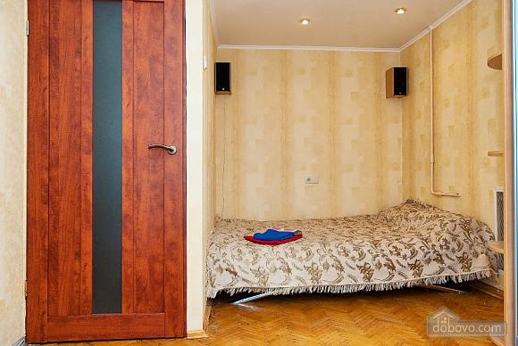 Бюджетна квартира возде метро Лукьяновская, 1-комнатная (71882), 003