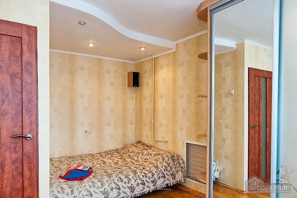 Бюджетна квартира возде метро Лукьяновская, 1-комнатная (71882), 002