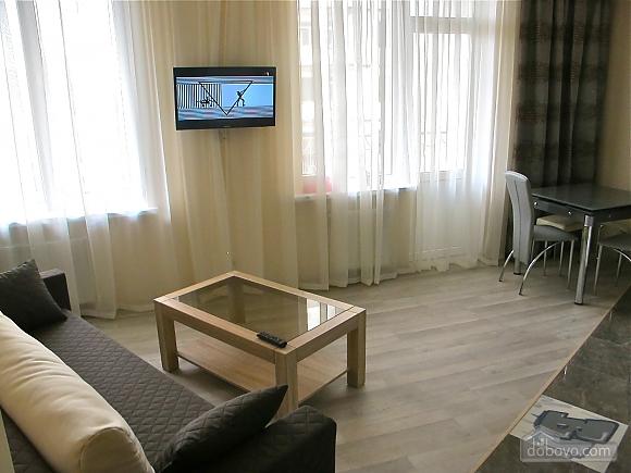 В элитном доме в центре Одессы, 2х-комнатная (27113), 003