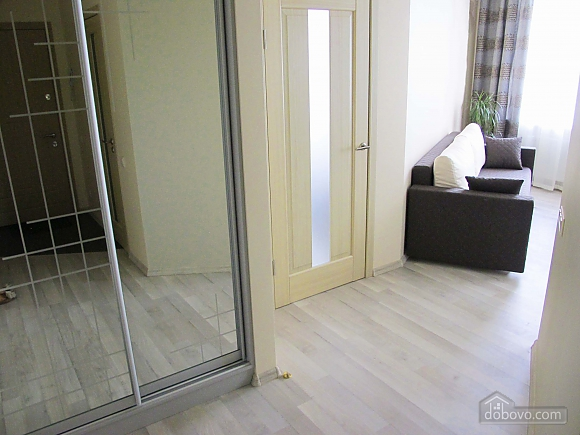 В элитном доме в центре Одессы, 2х-комнатная (27113), 005