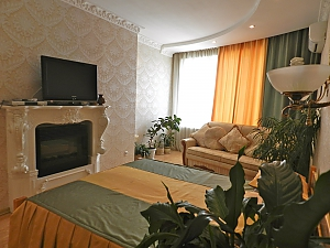 Apartment with fireplace, Two Bedroom, 001