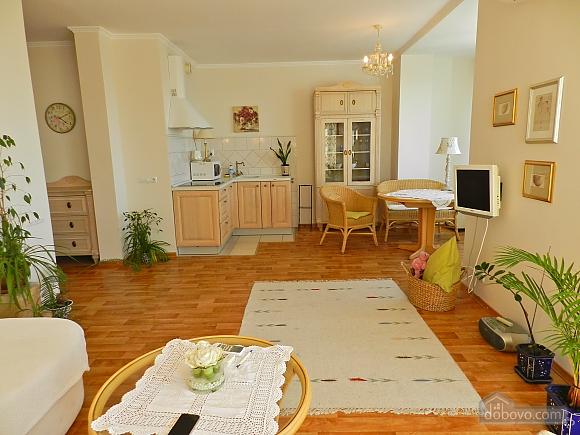 Квартира в стилі Лори Ешлі, 2-кімнатна (27706), 003