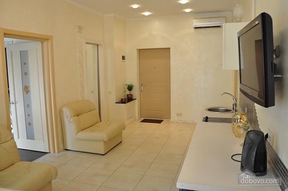 Екатерининская площадь, 3х-комнатная (50750), 003