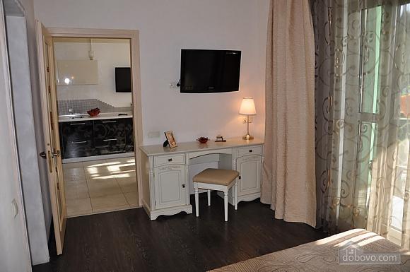 Екатерининская площадь, 3х-комнатная (50750), 005