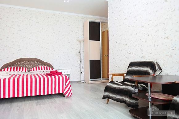 Квартира біля метро Палац Україна, 2-кімнатна (50882), 004