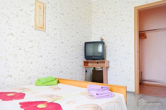 Квартира біля метро Палац Україна, 2-кімнатна (50882), 009