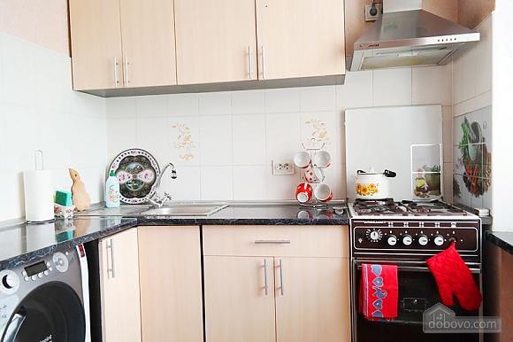 Квартира біля метро Палац Україна, 2-кімнатна (50882), 013