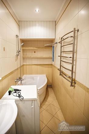 Квартира люкс в центре, 2х-комнатная (73925), 009