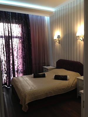 Opera Theatre, One Bedroom, 001