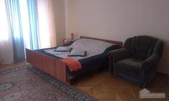 The rooms in Kamenetz-Podolsk, Studio (74650), 019