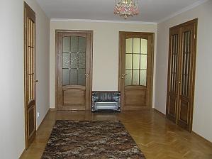 The rooms in Kamenetz-Podolsk, Studio, 004