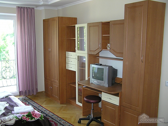 The rooms in Kamenetz-Podolsk, Studio (74650), 007