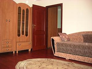 Біля метро Печерська, 1-кімнатна, 001