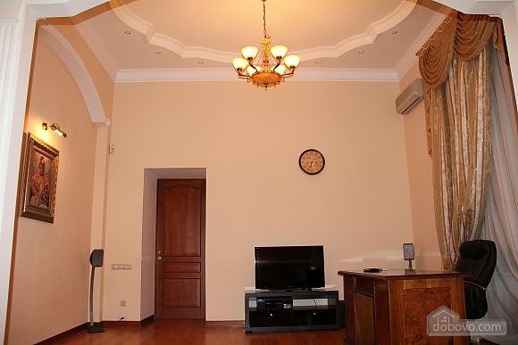Преміум-апартаменти, 2-кімнатна (52991), 005